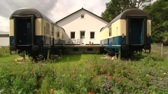 Bildgeschichte: Eisenbahn-Haus