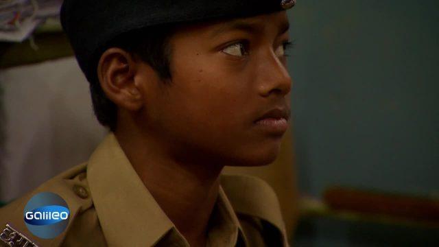 extrem Ausland - Indische Kinderpolizei