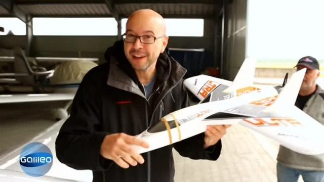 Modellflugzeug vs. Sportflugzeug - Was ist schneller?