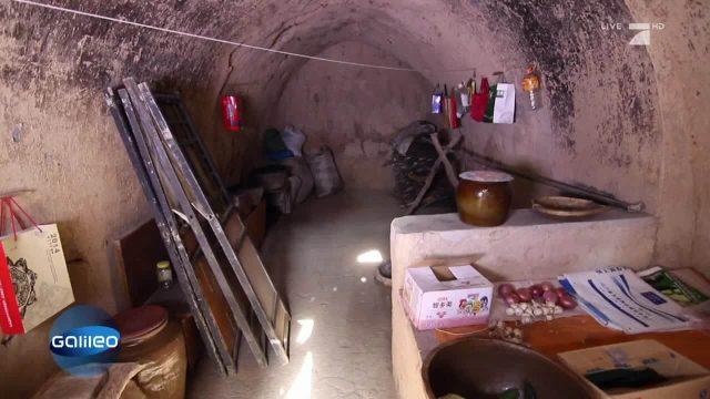Erdlochdorf China