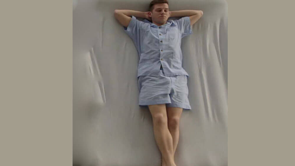 Das Sagt Deine Schlafposition über Deinen Charakter Aus