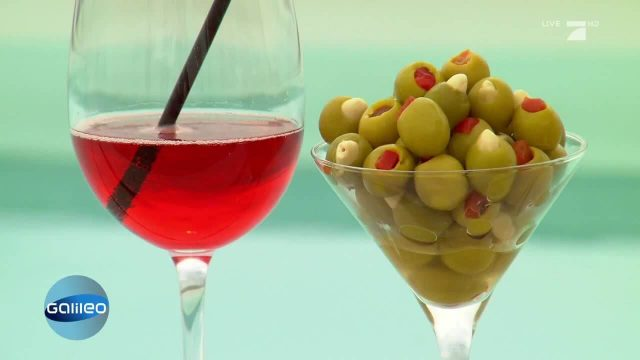 Wie kommt die Füllung in die Olive?