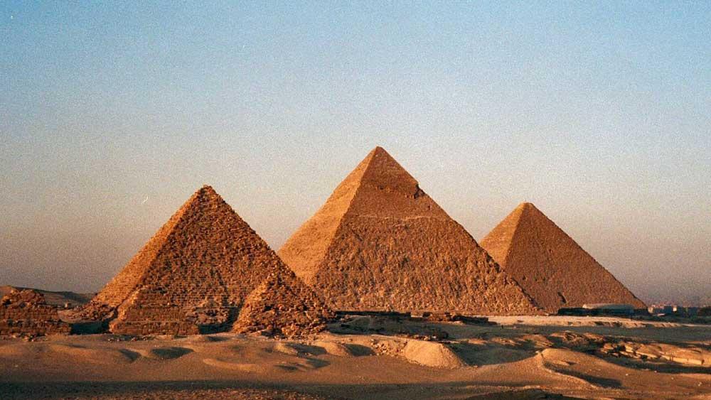 Pyramiden Alter