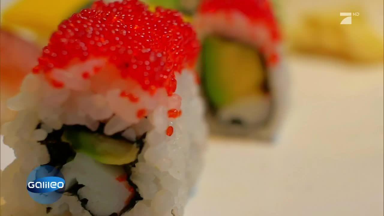 Was steckt hinter der extravaganten Form des Nyotaimori-Sushis?