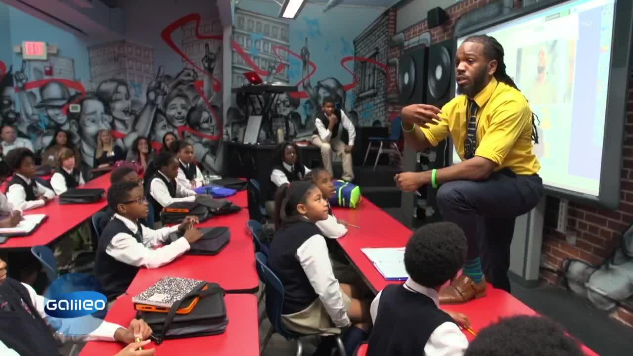 Die etwas andere Schule: Mit Musik und Spiele leichter lernen