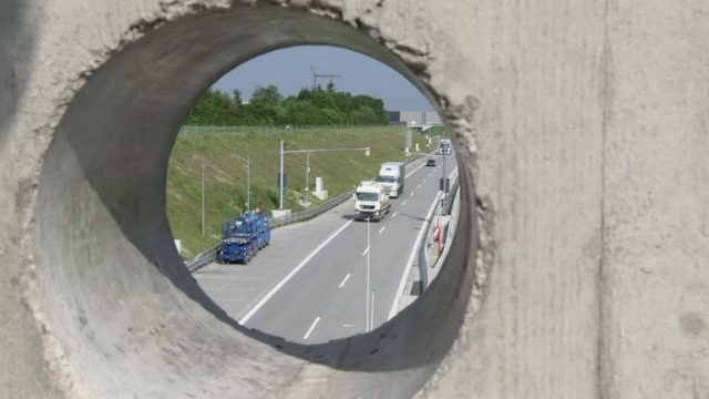 Autobahntunnel (Preview)