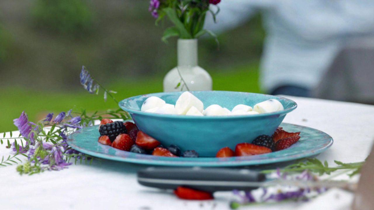 die besten desserts f r deine grillparty hier gibt 39 s alle rezepte. Black Bedroom Furniture Sets. Home Design Ideas
