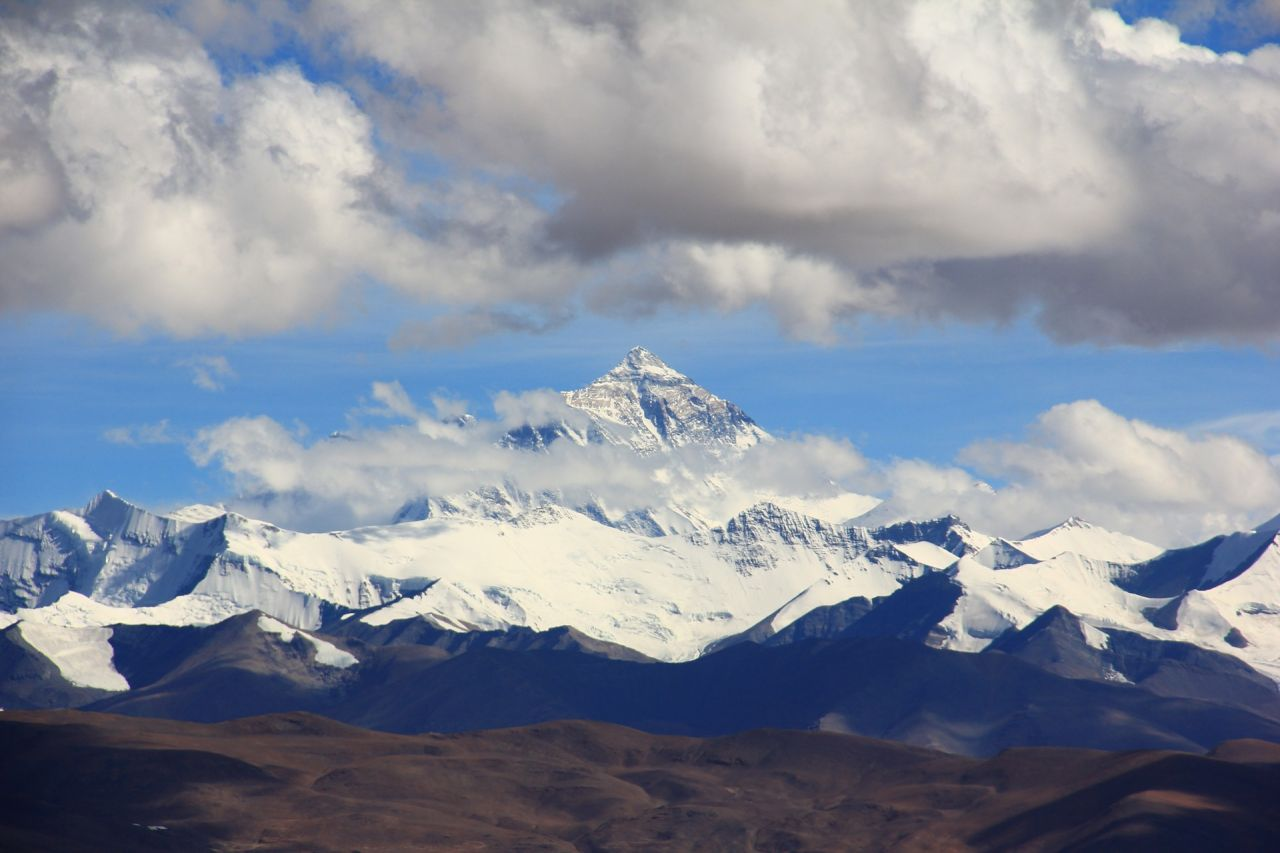 mount-everest-1502349_1920