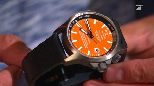Das Weltall am Handgelenk: Uhren aus Raketenschrott
