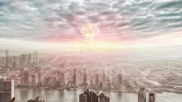 Warum man bei einer Atomexplosion besser im Kern als am Rand sein sollte