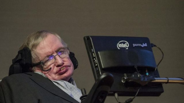 Stephen Hawking: Die Menschen könnten bald von einer anderen Spezies verdrängt werden