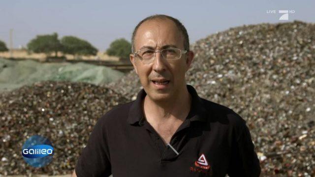 Die Glasflaschen-Fabrik in der Negev-Wüste