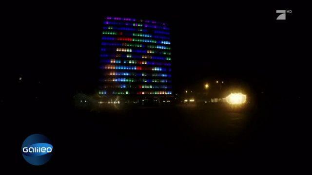 Tetris an einer Hochhauswand spielen
