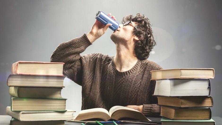Red Bull Kühlschrank Brummt : Forscher untersuchen ein wundermittel das red bull kaffee co