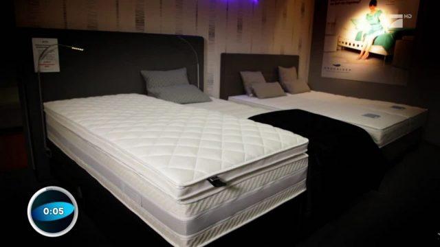 Guter Schlaf für wenig Geld: Discounter-Matratze ist Testsieger!
