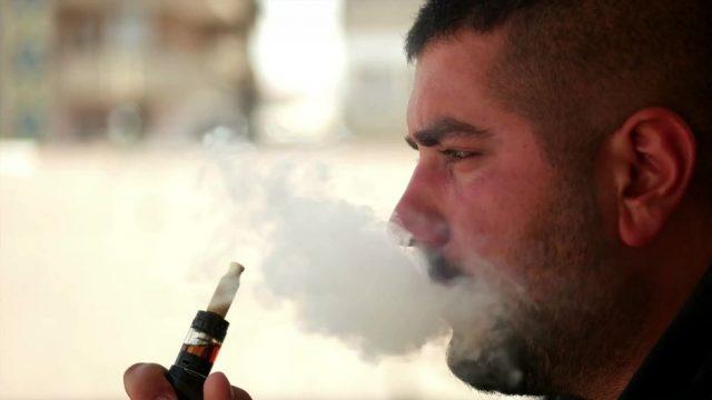 Neue Studie zeigt bisher unbekannte Nebenwirkungen von E-Zigaretten