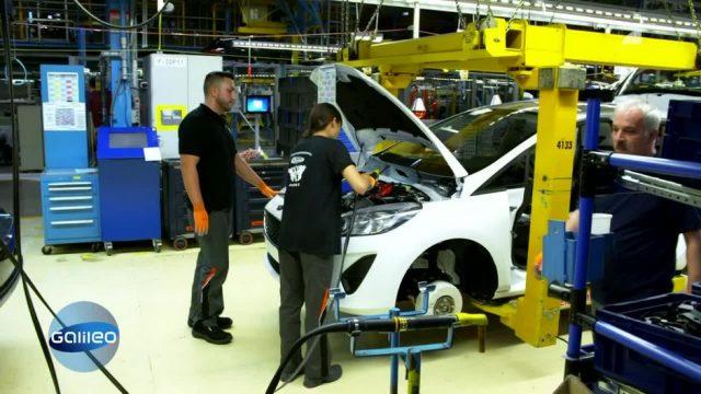 Arbeiten am Auto-Fließband: Wie hart ist der Job wirklich?