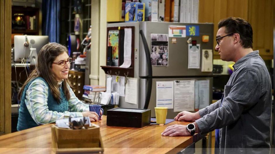 "Diese Bedeutung hat die Kühlschrank-Flagge im Apartement bei ""The Big Bang Theory"""