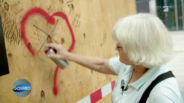 Irmela Mensah-Schramm: Die coolste Oma der Berliner Graffiti-Szene