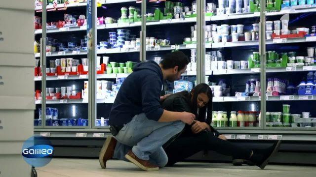 Wer haftet, wenn man im Supermarkt ausrutscht?
