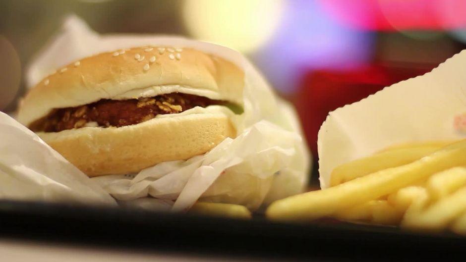 Mitarbeiter von Fast-Food-Ketten verraten: Das solltet ihr niemals bestellen