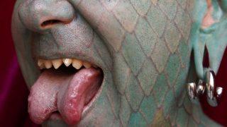 Gespaltene Zunge