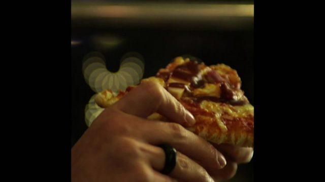 Eigenbrauer-Syndrom: Wenn Pizza betrunken macht - 10s