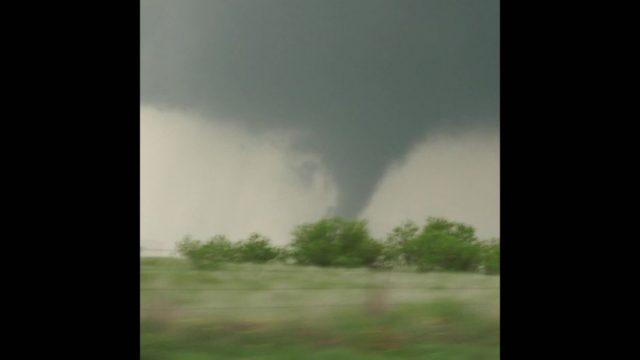 Tornado-Touris: Für 3000 Dollar ins Auge des Sturms - 10s
