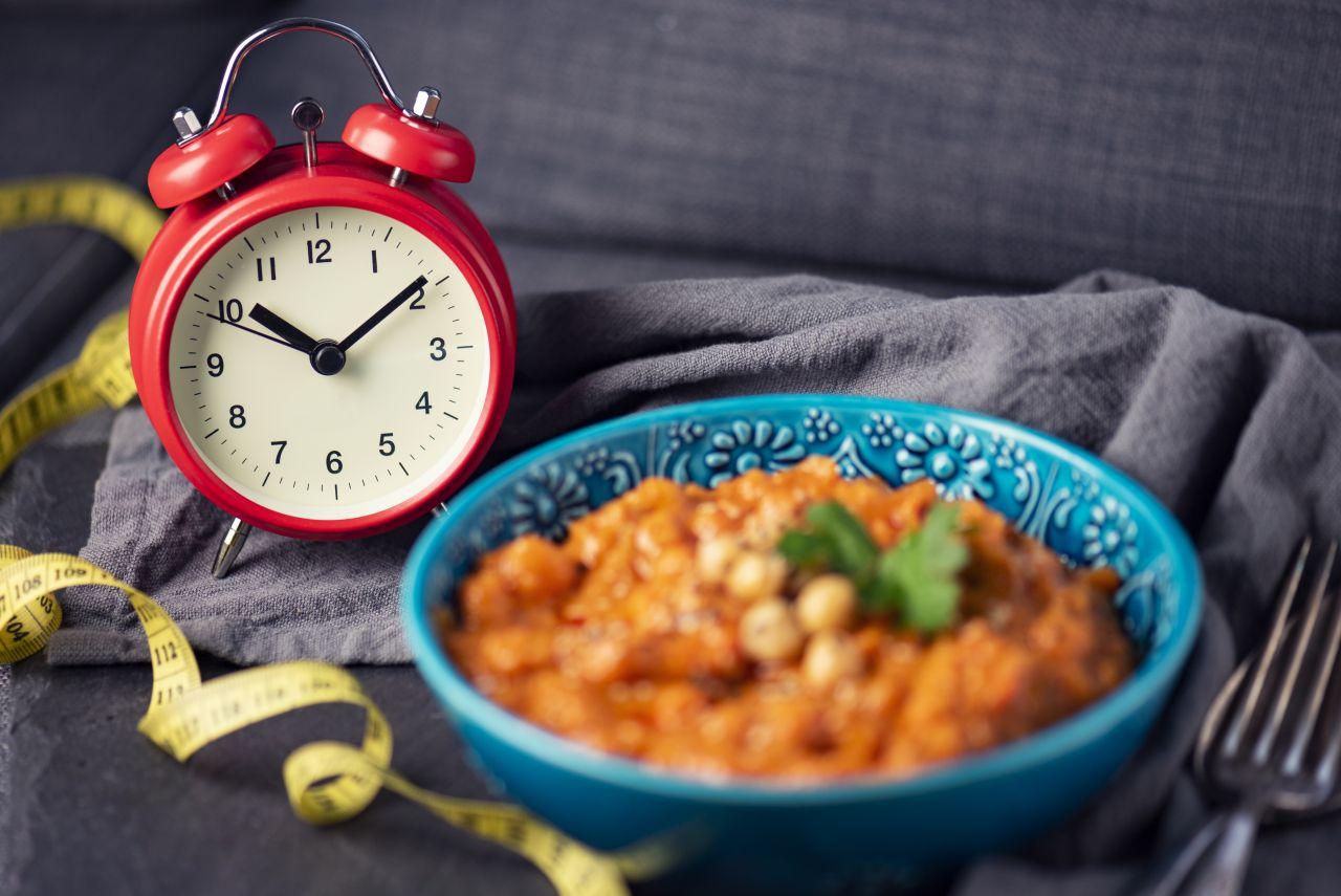 Intervallfasten: Wirkt diese Diät wirklich Wunder?