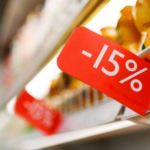 Schon wieder ist mehr im Einkaufswagen gelandet als geplant? Dann bist du auf die Tricks der Supermärkte reingefallen.