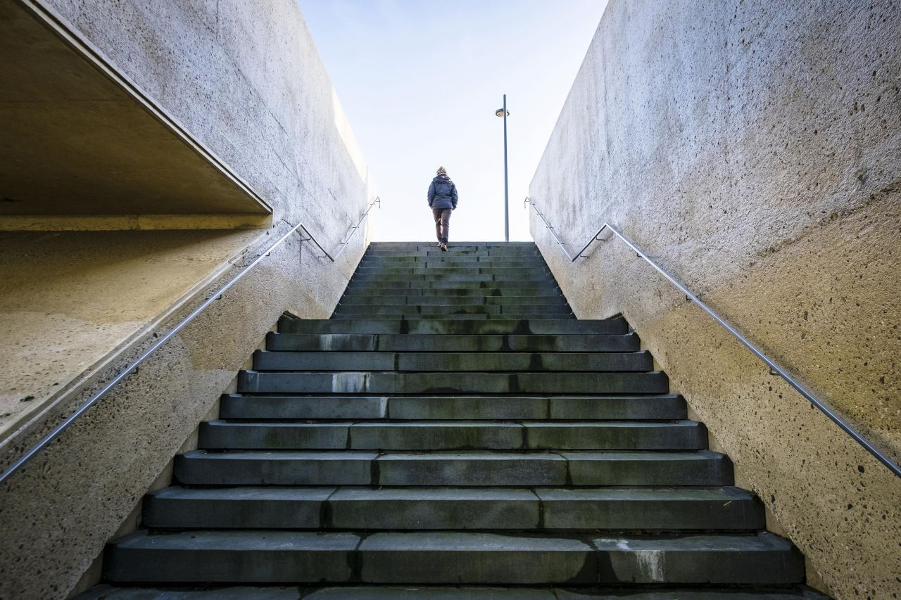 Wer sein Schrittpensum mal nicht erreicht, kann auch die nächste Treppe 2 Mal hochgehen.