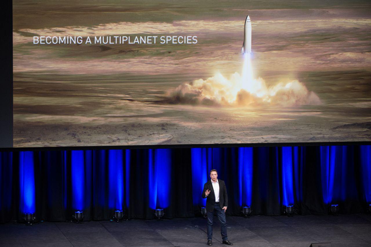 Elon Musk präsentiert seine Mars-Raketen