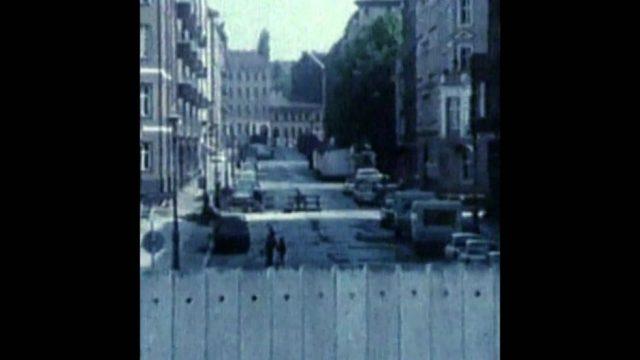 Der Mauerfall: Erklärt in 100 Sekunden - 10s