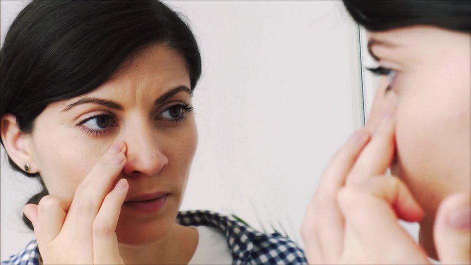 Schnupfen: Warum ist immer ein Nasenloch verstopft? - 10s