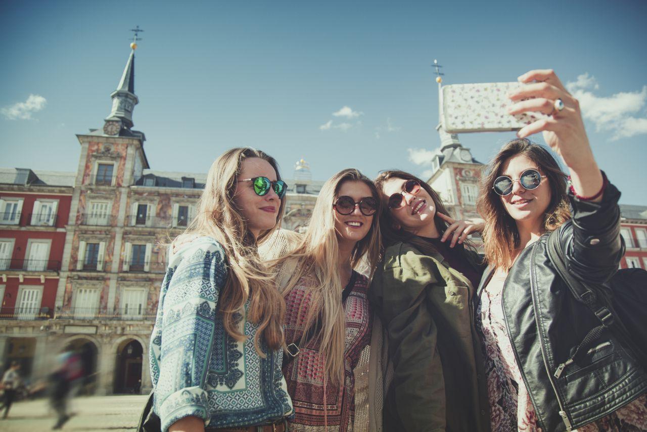 Spanien: Eines der ersten europäischen Länder, das 5G anbietet. Allerdings nur in 15 Städten, darunter Madrid und Barcelona.