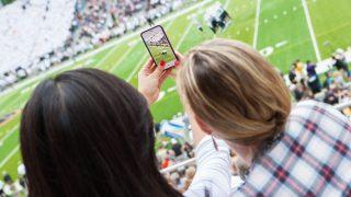 Südkorea: Hier gibt es bereits ein flächendeckendes 5G-Netz. Sogar bei Stadionbesuchen oder Open-Air-Konzerten haben dort tausende Menschen stabilen Empfang.