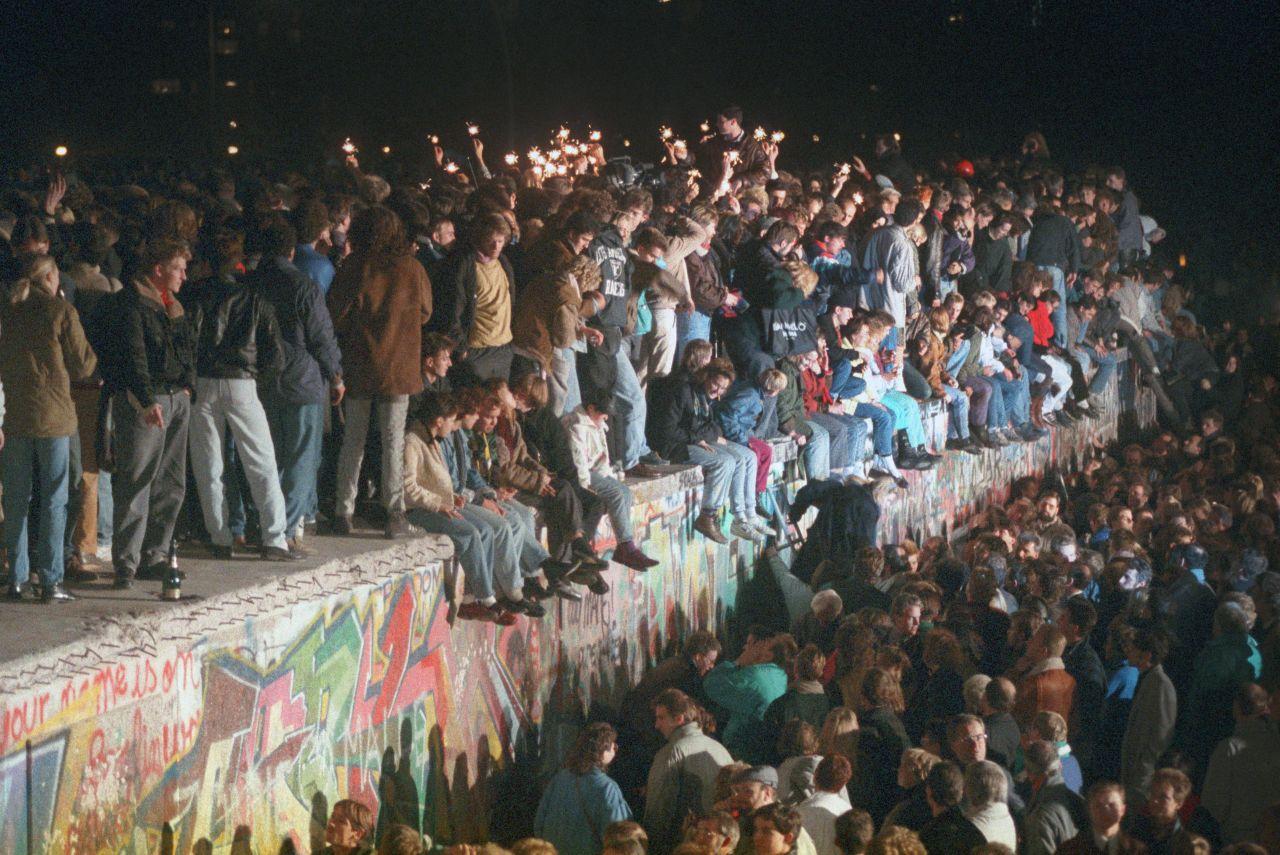 Weg damit! Alles, was du zum Fall der Berliner Mauer wissen musst