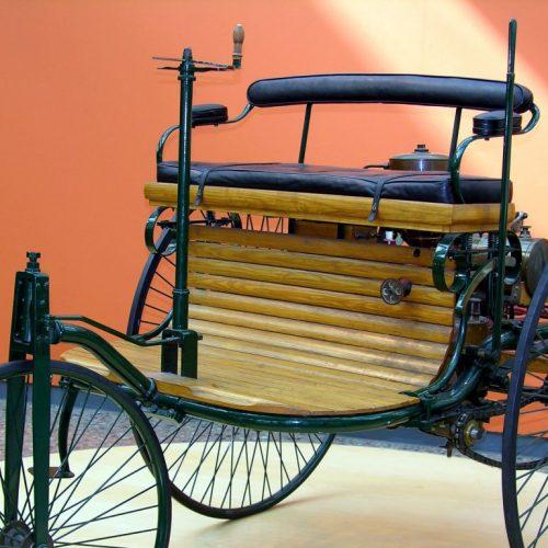 Erfindung erstes Auto von Daimler und Benz