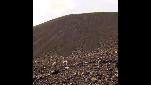 Vulkan-Tourismus: 3 aufregende Hotspots - 10s