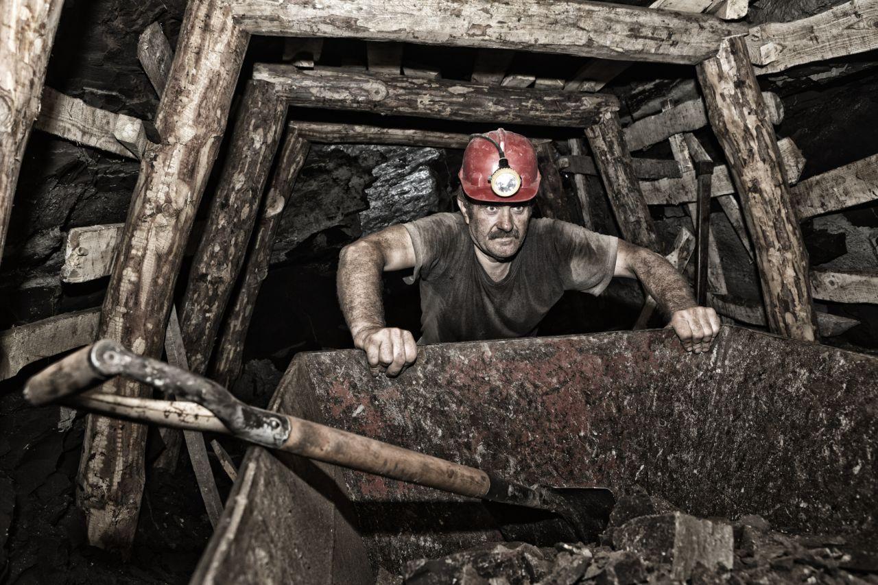 Bergmann im Steinkohle-Bergwerk