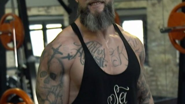 Dieser Mann ist Pastor - und Bodybuilder