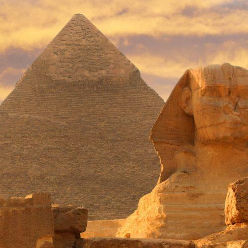 So bauten die alten Ägypter vor über 4.500 Jahren Pyramiden.