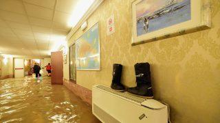 Auch Hotels und Unterkünfte wurden von den Wassermassen schwer getroffen.