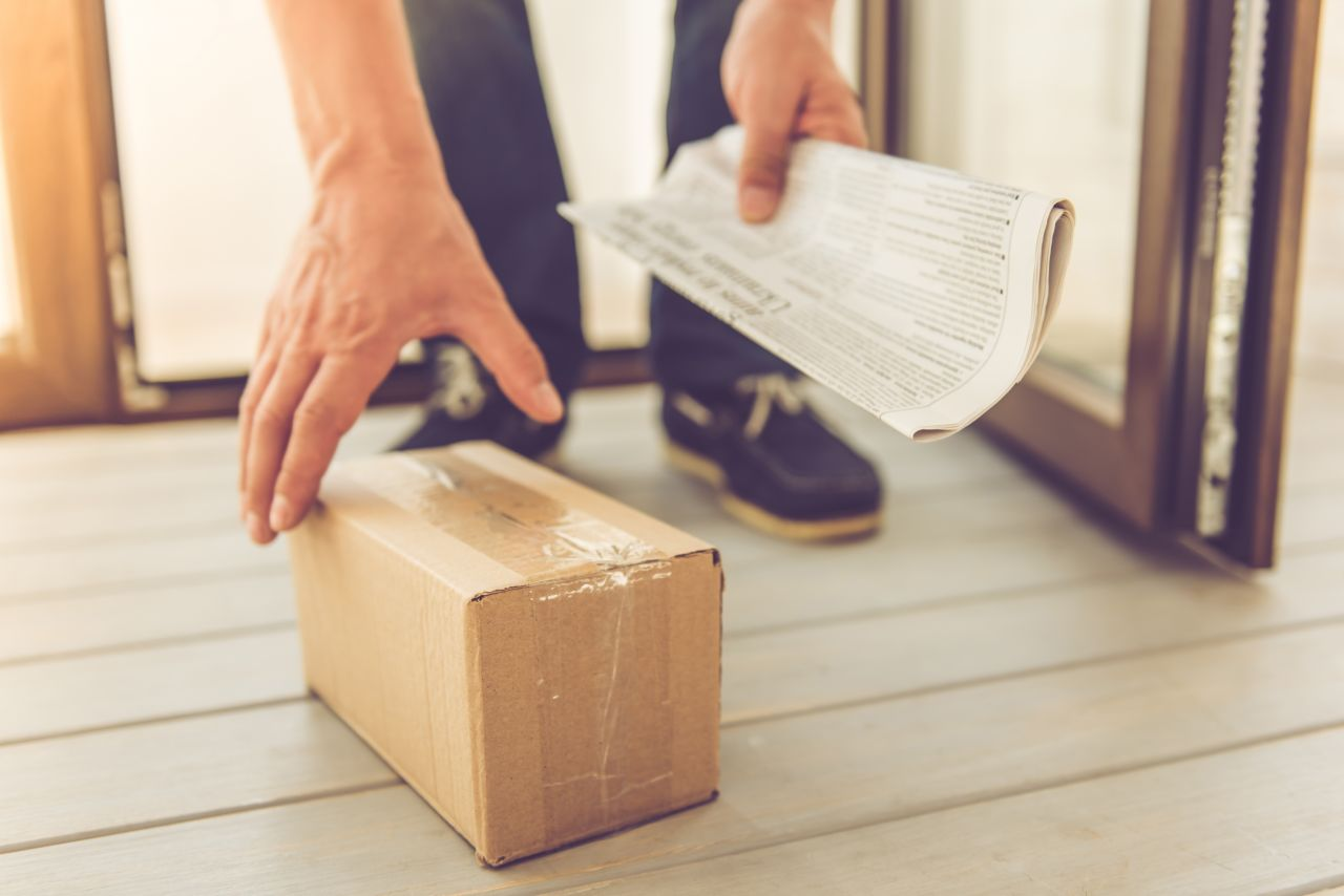 Geschenk in Karton verpackt
