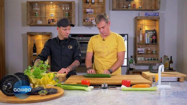 Kitchen Moves: Klassisch oder Koch-Gadgets - was geht schneller?