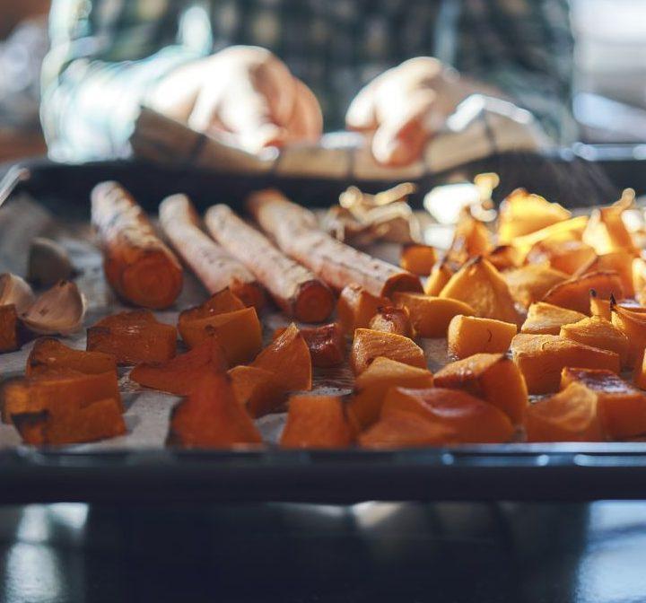 Ideal im Winter! Diese Lebensmittel wärmen dich - selbst kalt zubereitet