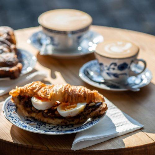 Kaffee und Sandiwiches als zufällige Entdeckung