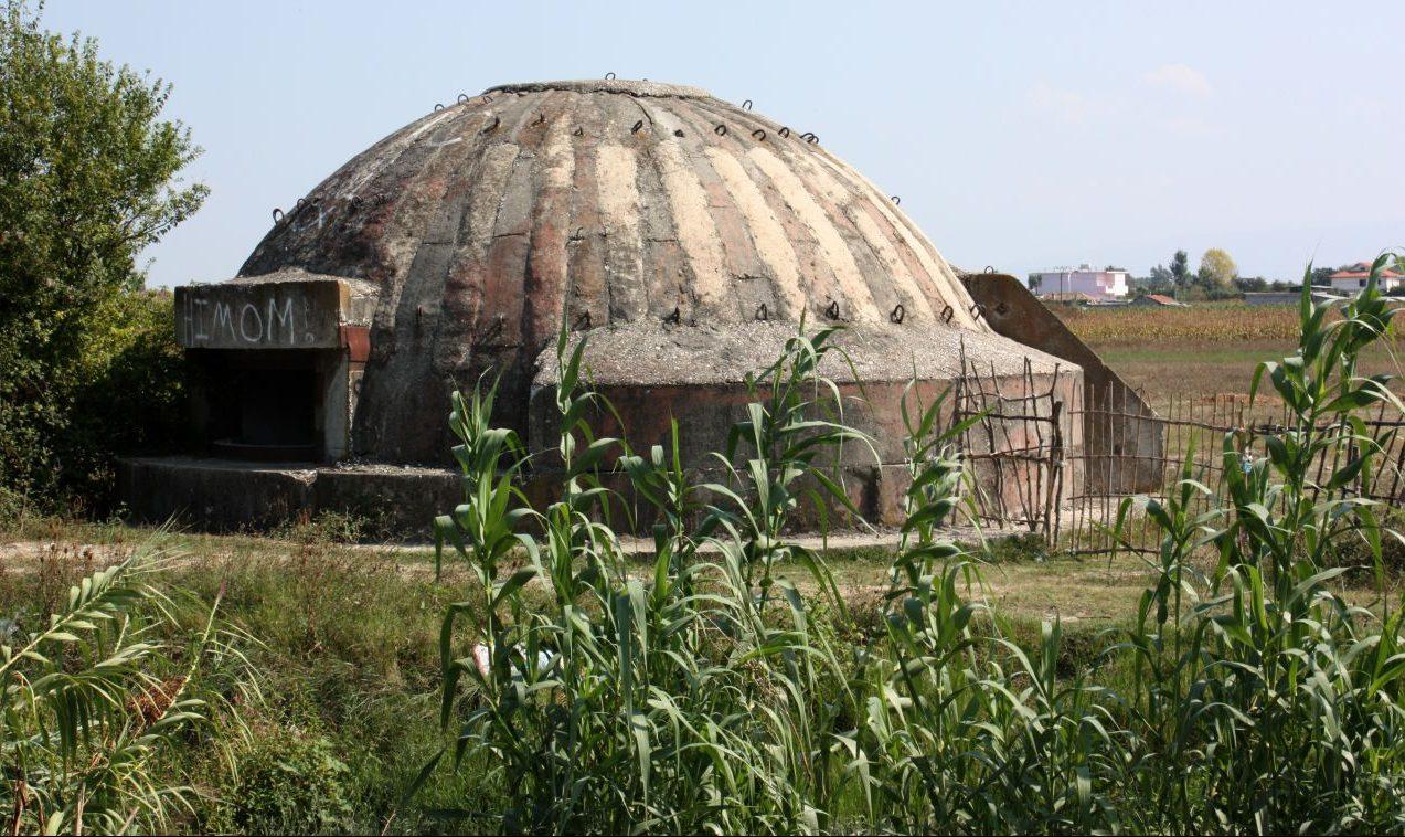 Die wilde Bunker-Welt von Albanien - und ihr dunkles Geheimnis