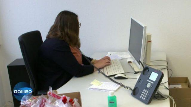G-klärt: Wer steckt hinter der Corona-Hotline?