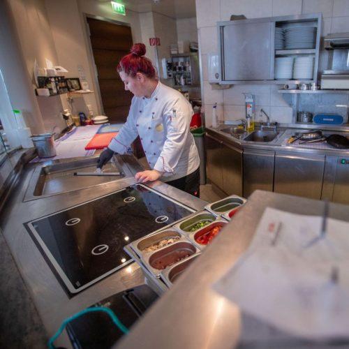 Wegen der Corona-Pandemie melden viele Unternehmen Kurzarbeit an. Die Gastronomie ist davon besonders betroffen.